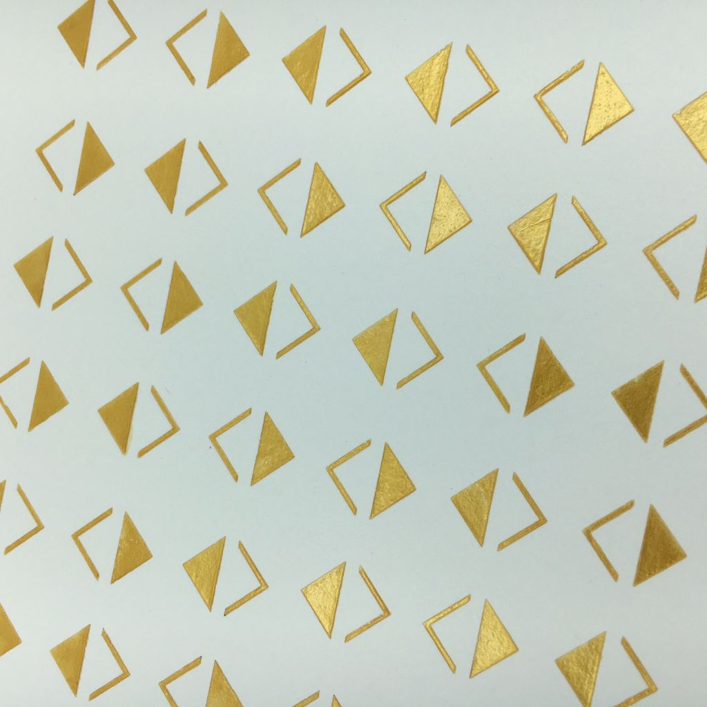 fdspo072 pochoir triangles 3 f e du scrap