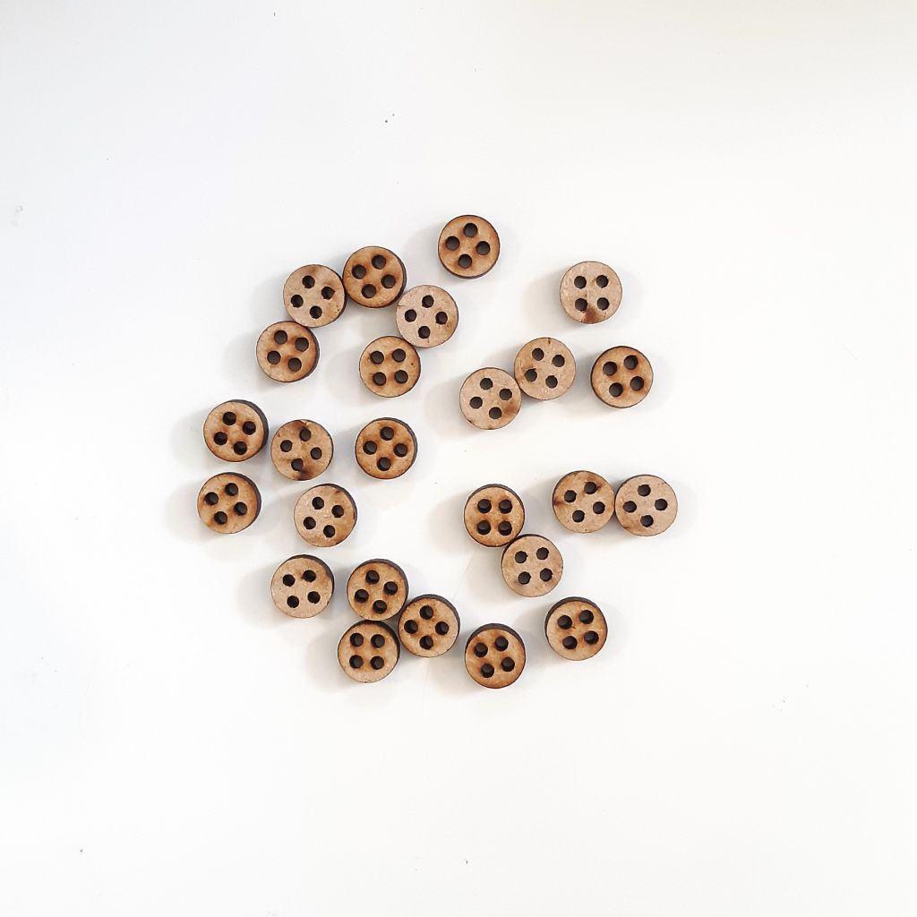 LOT DE 25 BOUTONS EN MDF 3 MM